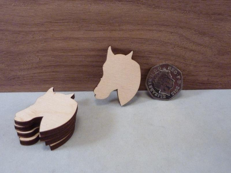 Blank Plywood Horse Head shape - 4 cm