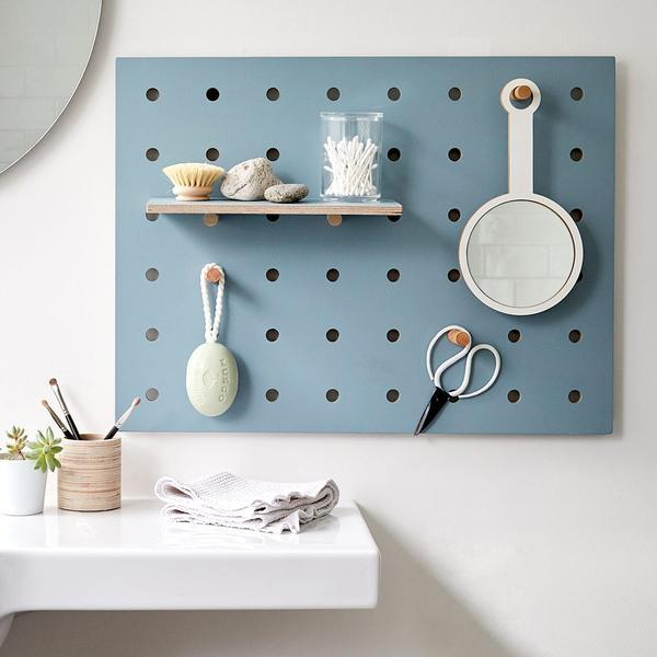Kreis Design - Peg-it-all Little Pegboard 1