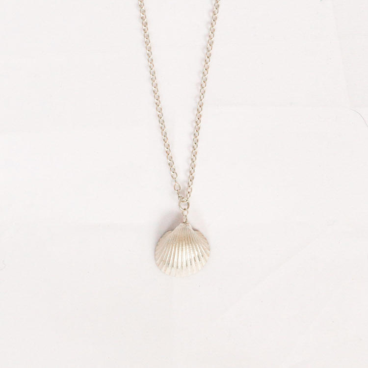 Medium Cockle Shell Necklace 1
