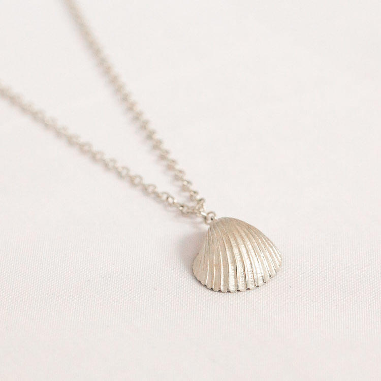 Medium Cockle Shell Necklace 3