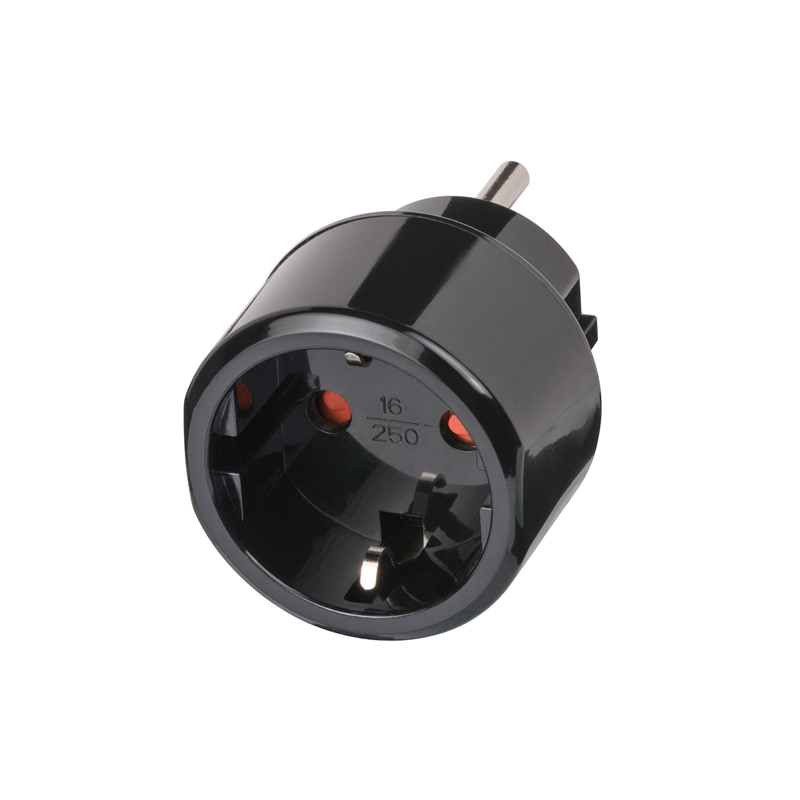 Adaptor US 15A NEMA Plug to DE Schuko Socket front