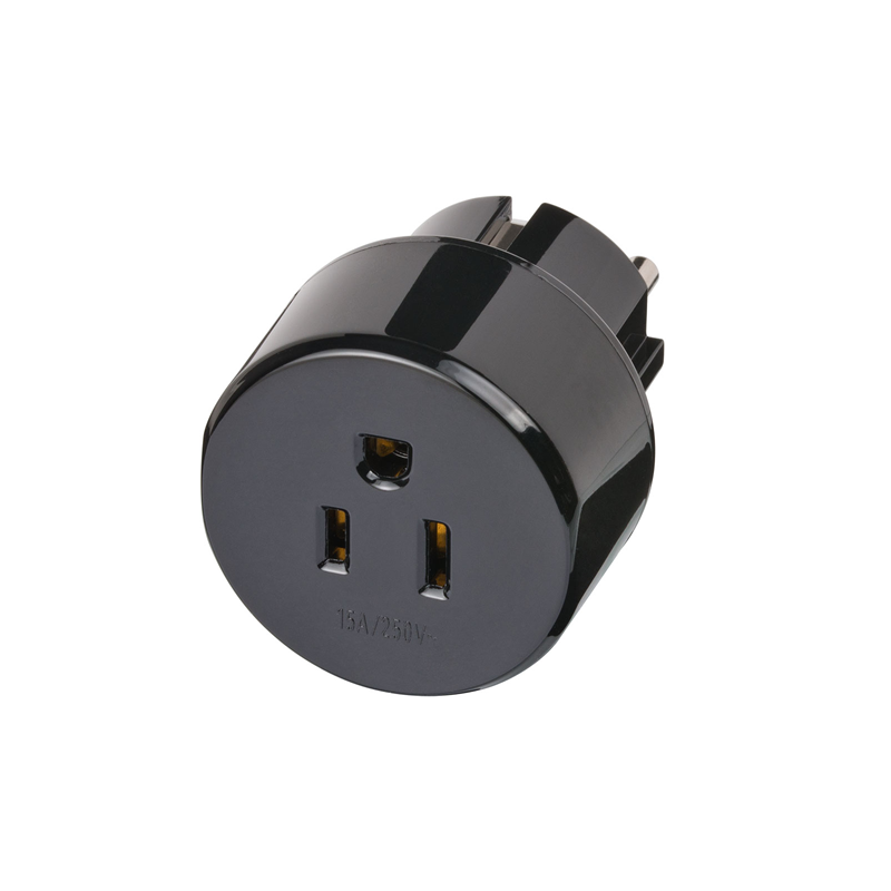Adaptor DE Schuko Plug to US 15A NEMA Socket front