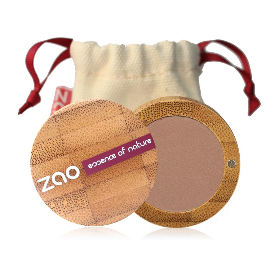nude matt eyeshadow in open bamboo pot with natural cotton pouch behind label shows Zao