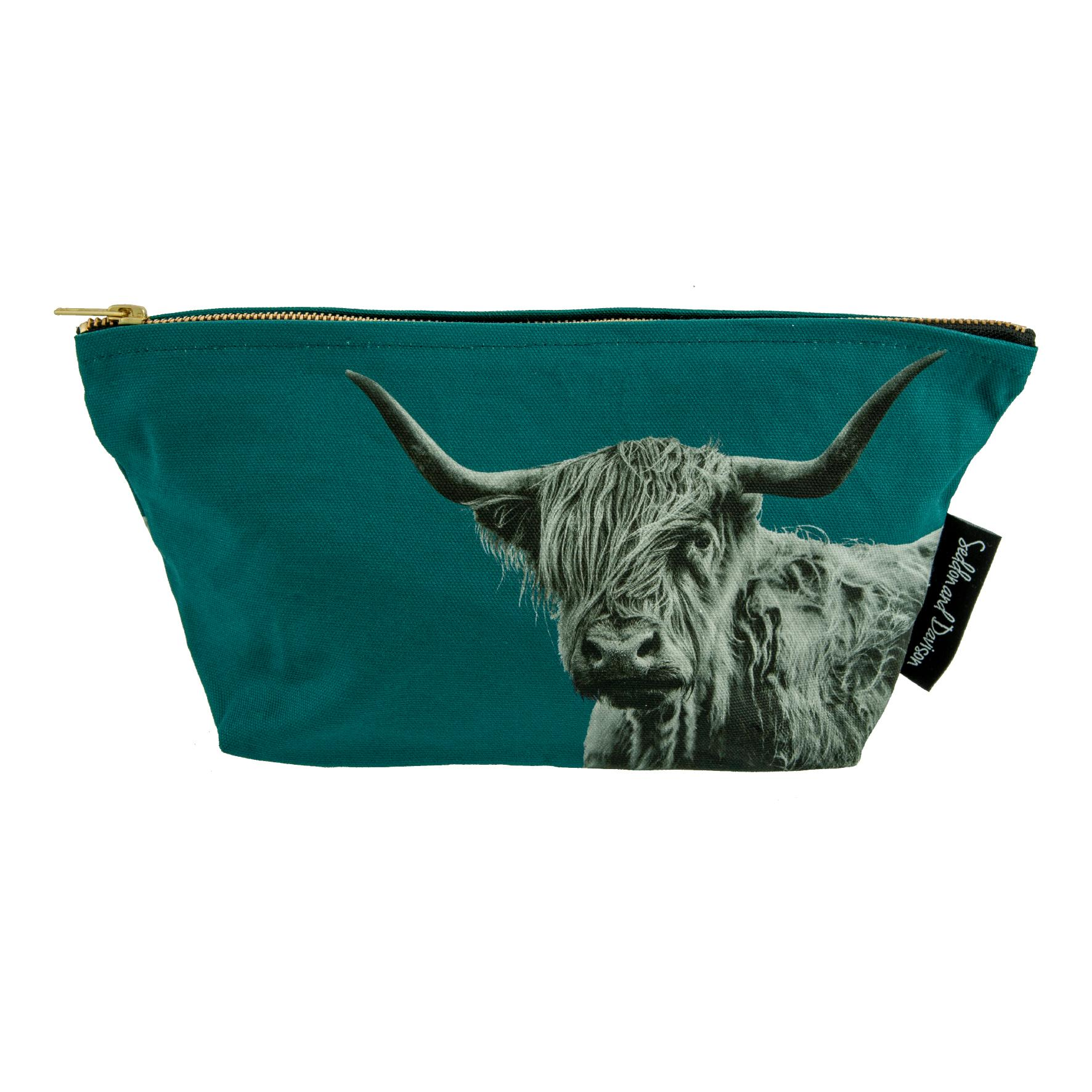 Shaggy Highland Cow Wash Bag on Teal