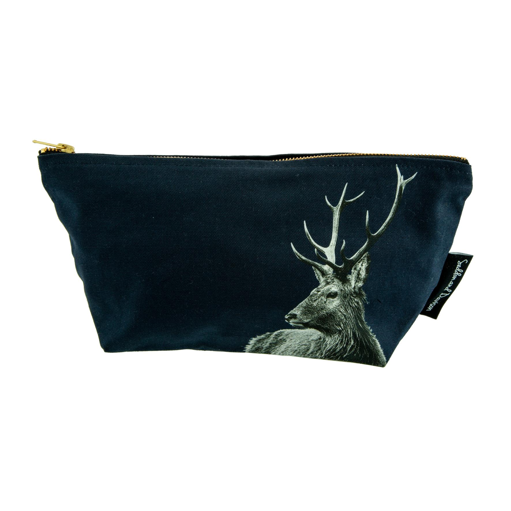 Highland Stag Wash Bag on Blackberry