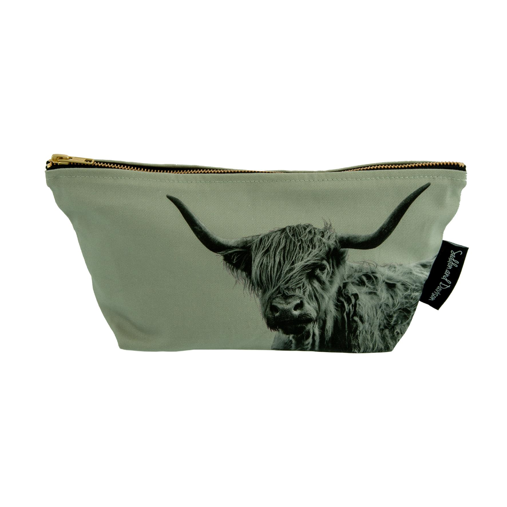 Shaggy Highland Cow Wash Bag on Sage Grey