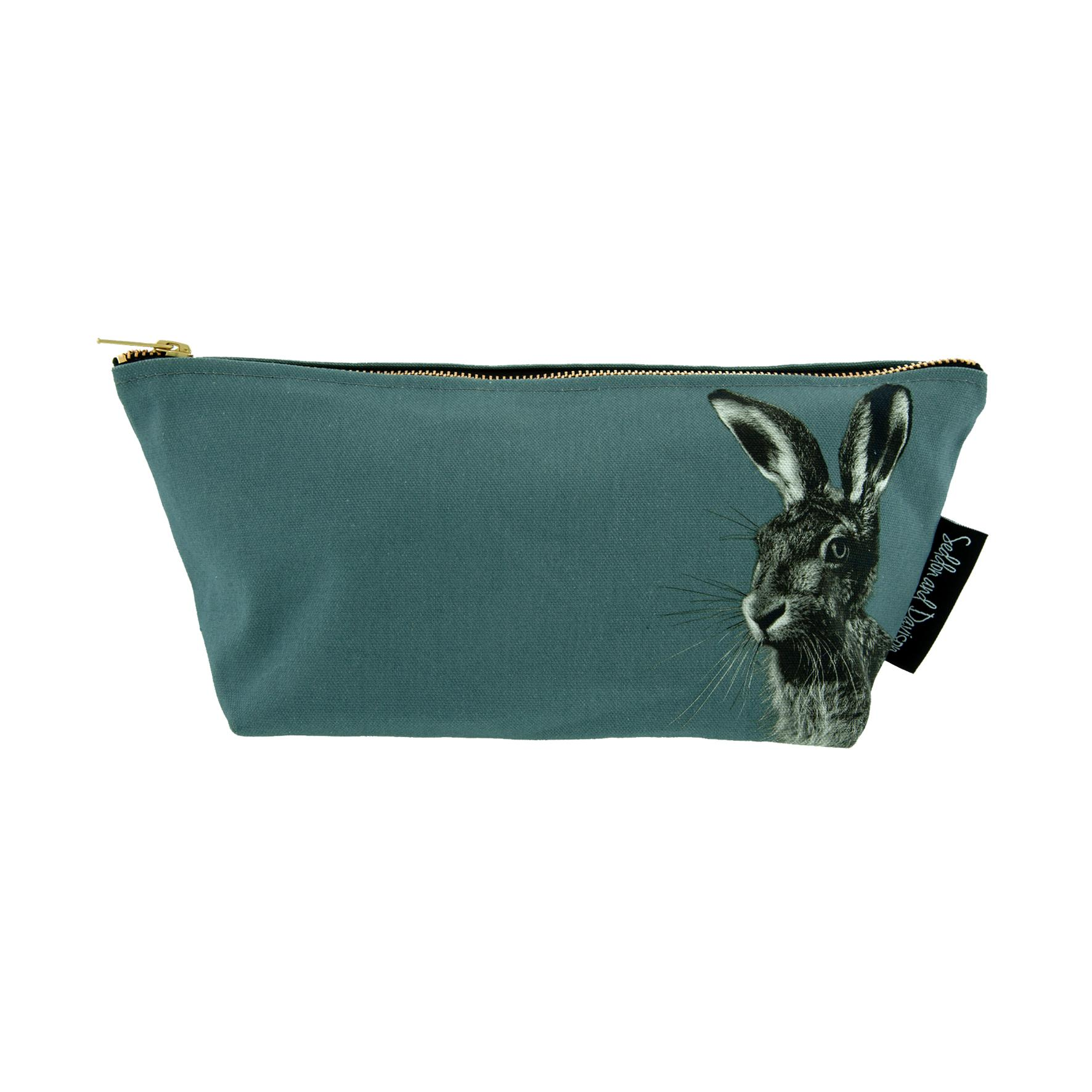 Hare Wash Bag on Dusk Green