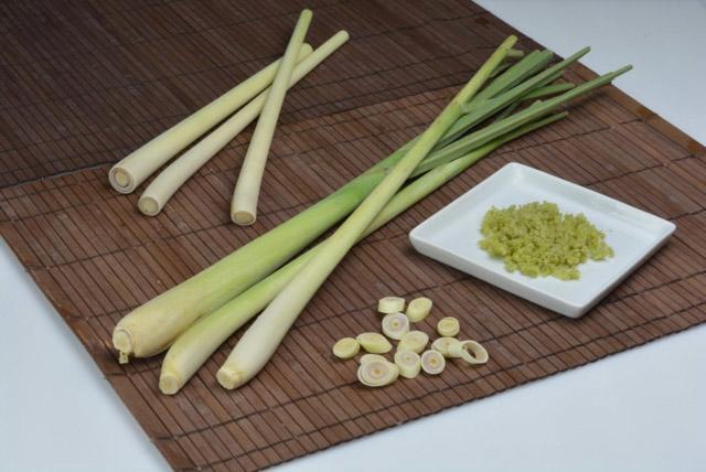 Using lemongrass