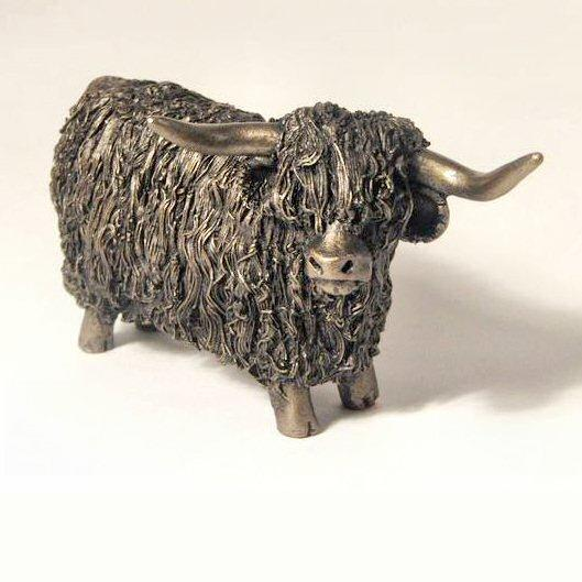 Highland Bull Standing (VB019) by Veronica Ballan