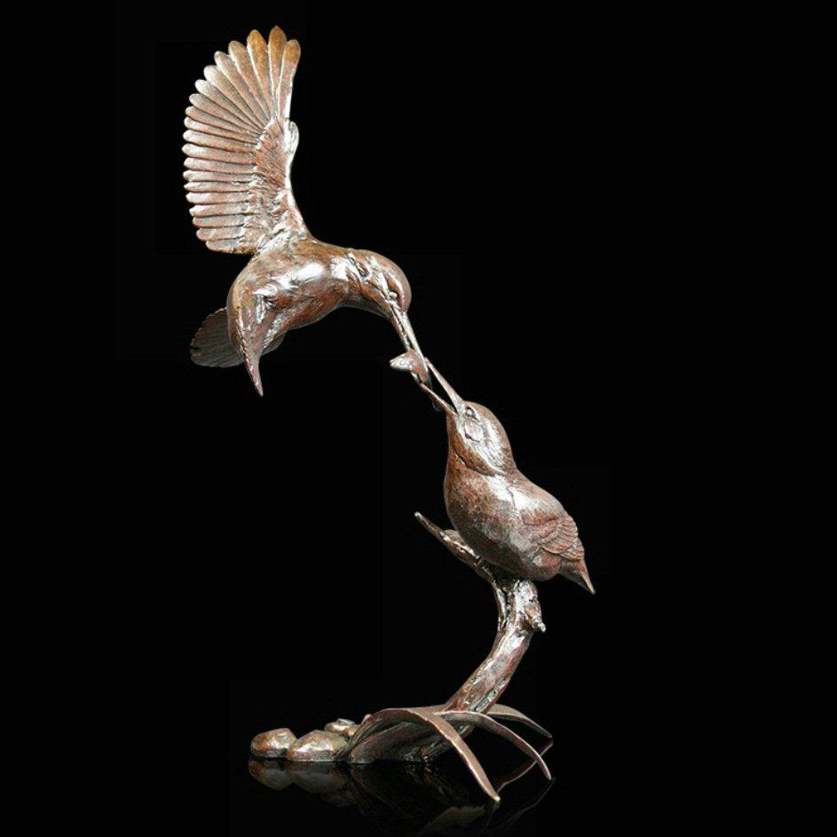 Water's Edge - Kingfisher Pair (997) in bronze by Michael Simpson