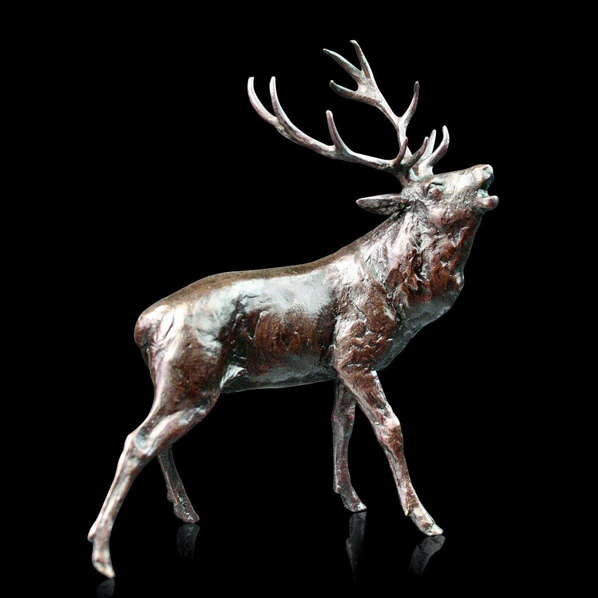 Stag Roaring (989) by Michael Simpson