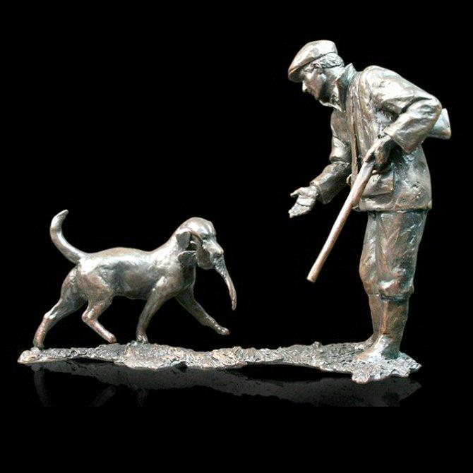 First Retrieve (785) in bronze by Michael Simpson