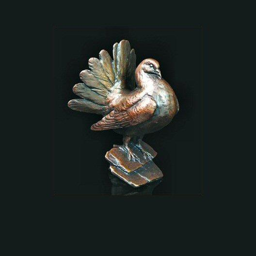 Fantail Dove (539) in bronze by Michael Simpson