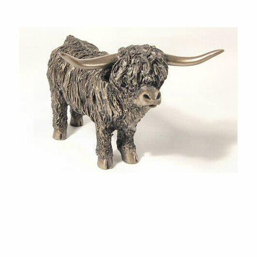 Highland Bull Standing - medium (VB051) by Veronica Ballan