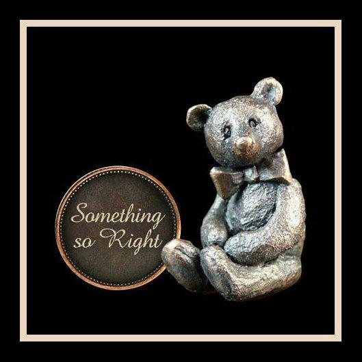 Something So Right (3002) - Penny Bear range of bronze sculptures
