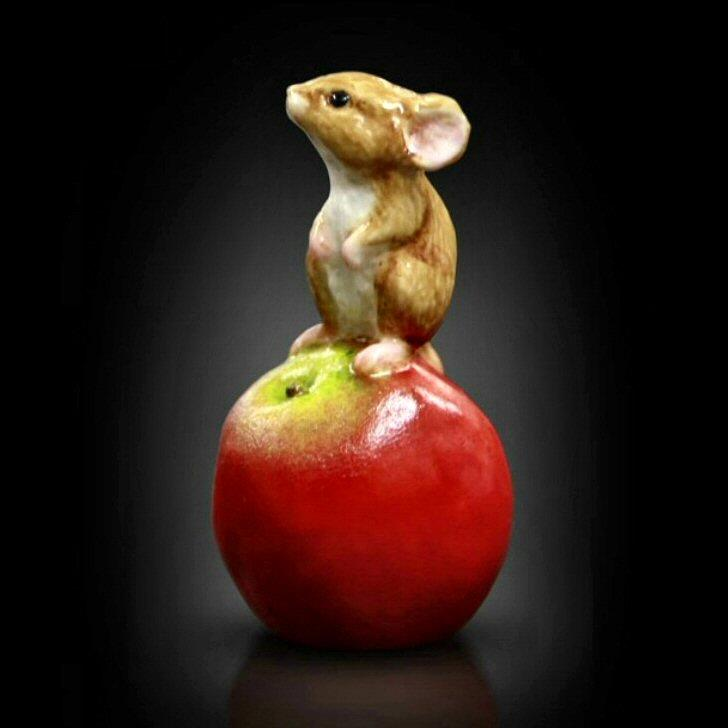 Baby Mouse on Apple (118BC) - by Keith Sherwin