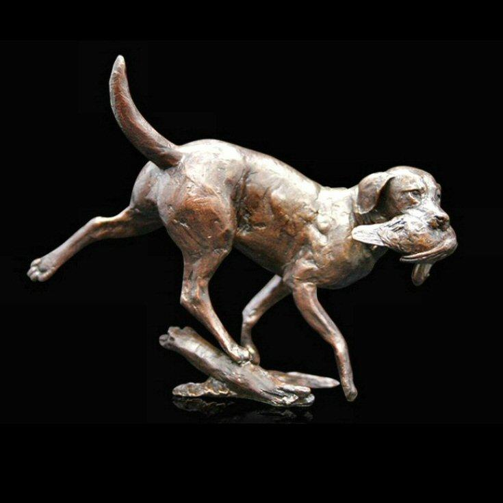 Working Labrador (1015) in bronze by Michael Simpson