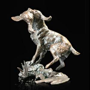 Springer Spaniel Retrieving - Bronze Sculpture - Michael Simpson - 1071