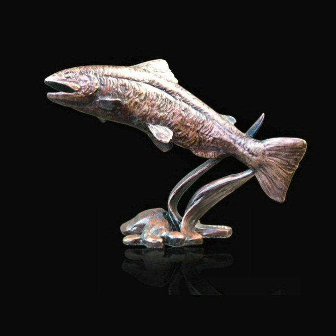 Salmon (803) in bronze by Michael Simpson