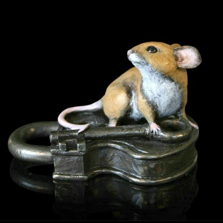 Mouse on Antique Lock (224BR) by Michael Simpson