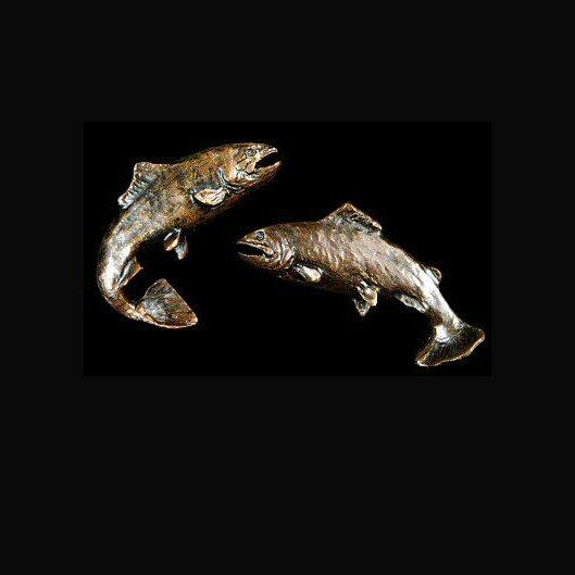 Salmon Cufflinks (1010) in bronze by Michael Simpson