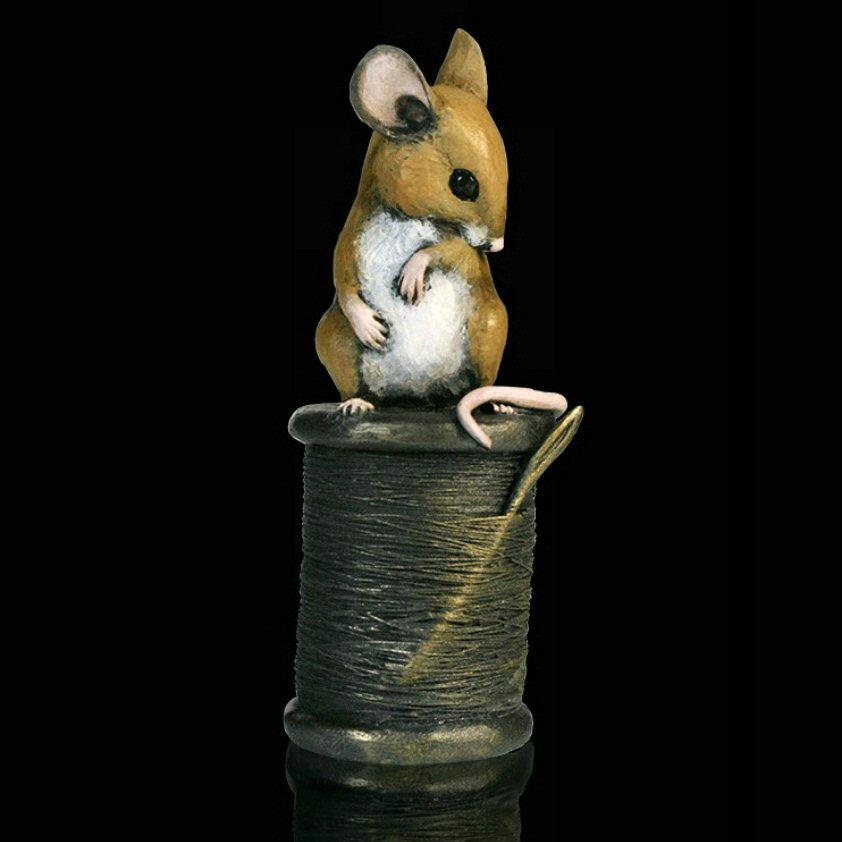 Mouse on Cotton Reel (230BR) by Michael Simpso