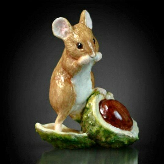 Mouse with Conker (119BC) - by Keith Sherwin.