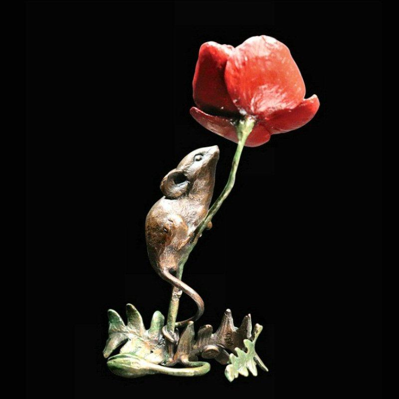 Mouse with Poppy - Bronze Sculpture - Michael Simpson - 1075