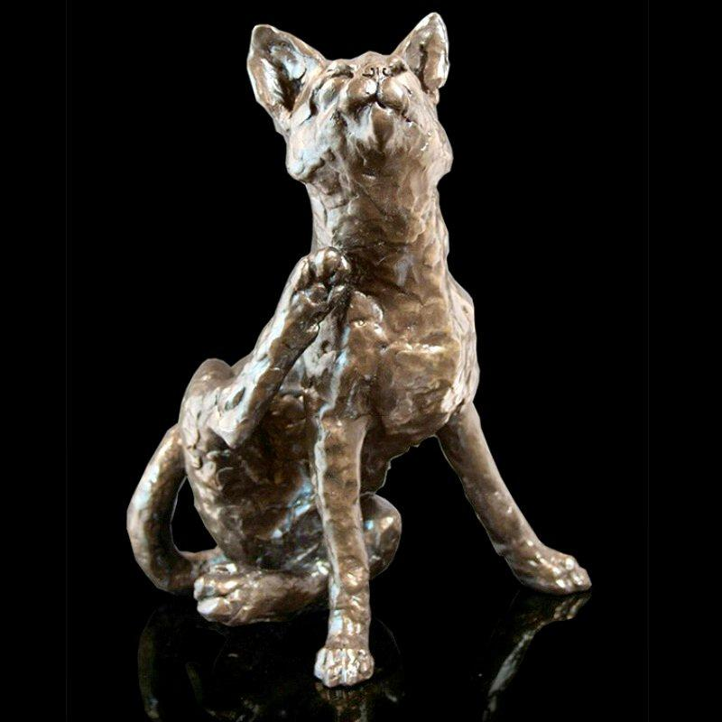 Clover - Cat Sitting (213BR) - Bronze Sculpture by Grant Palmer