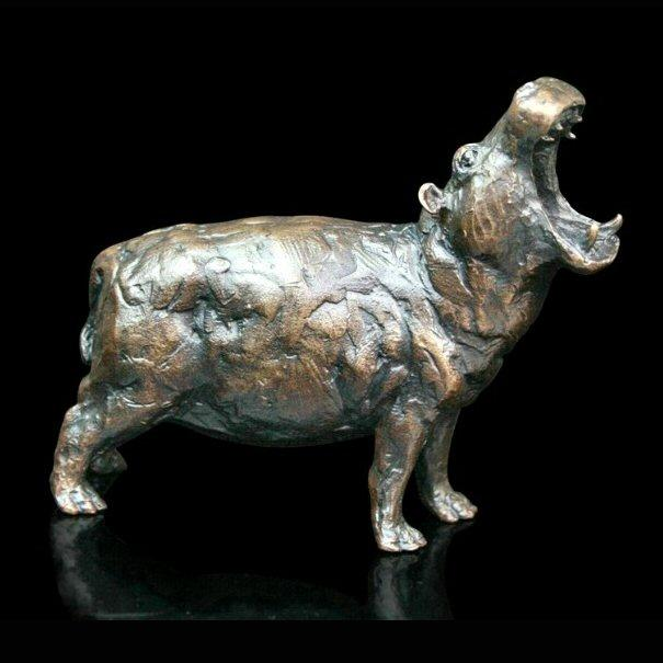 Hippo (483) in bronze by Michael Simpson