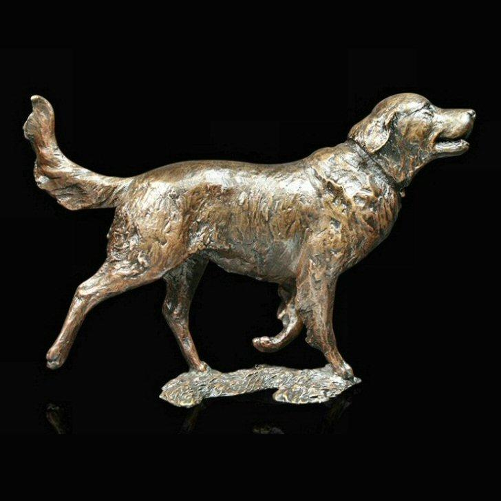 Retriever (1023) in bronze by Michael Simpson