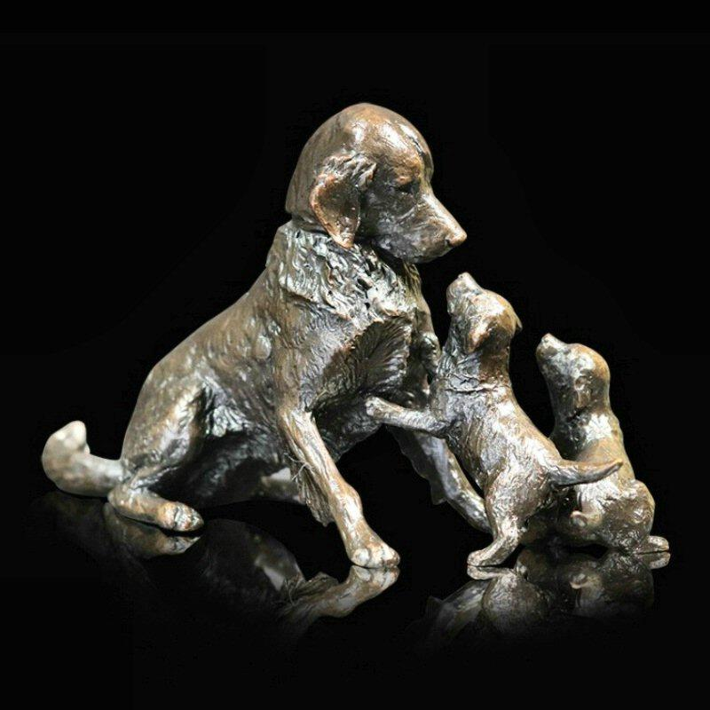 Retriever with Puppies - Bronze Dog Sculpture - Michael Simpson - 1068