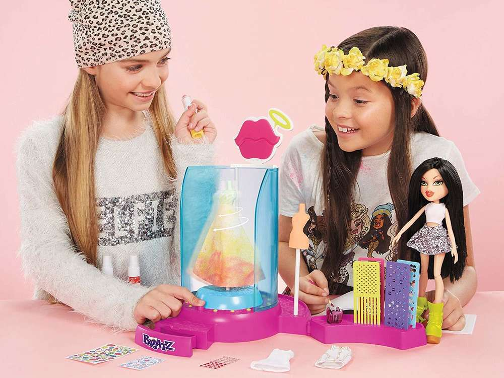 Bratz Create It Yourself Fashion Playset