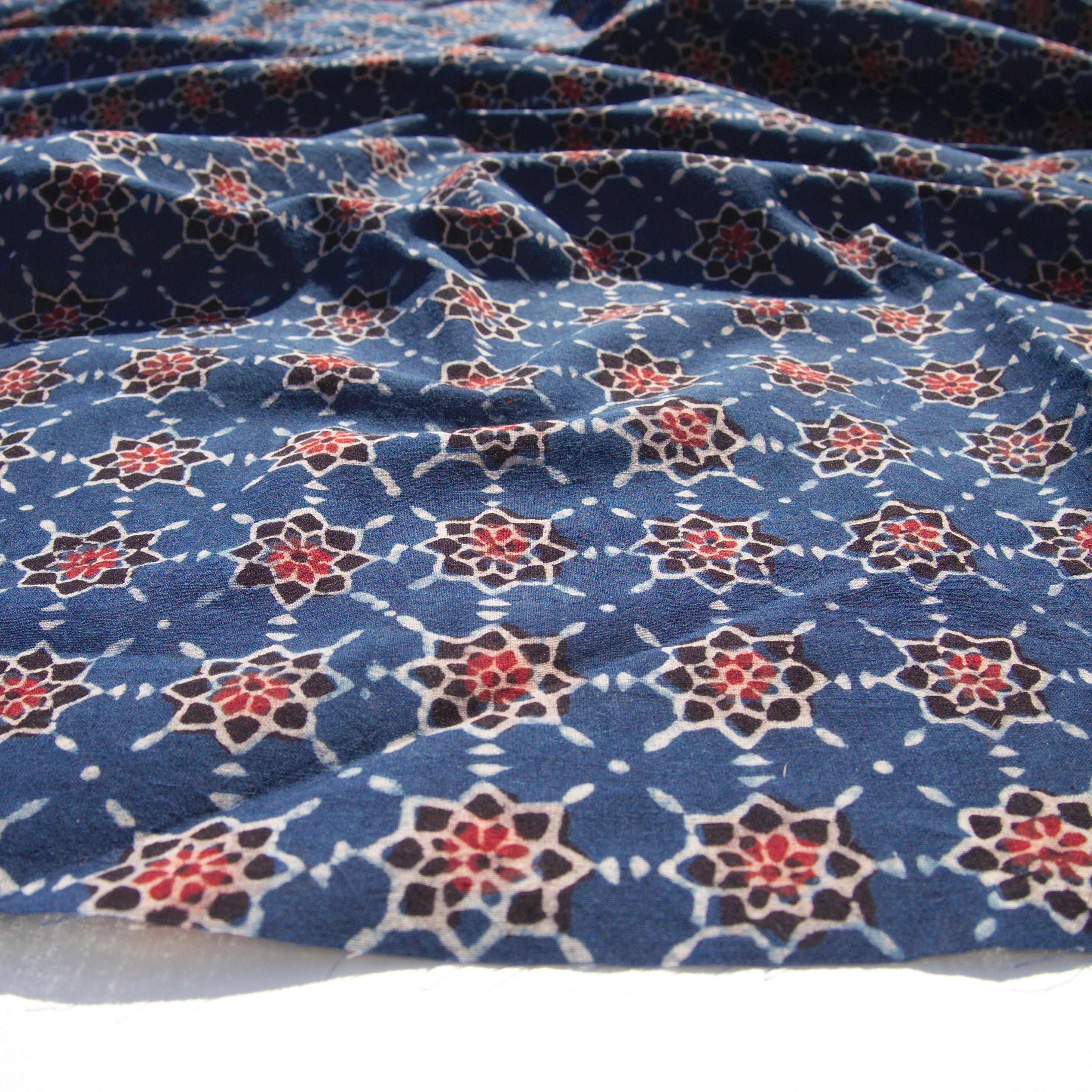 Block Printed Fabric, 100% Cotton, Ajrak Design: Indigo Blue Base, Red, Black Starburst. Angle
