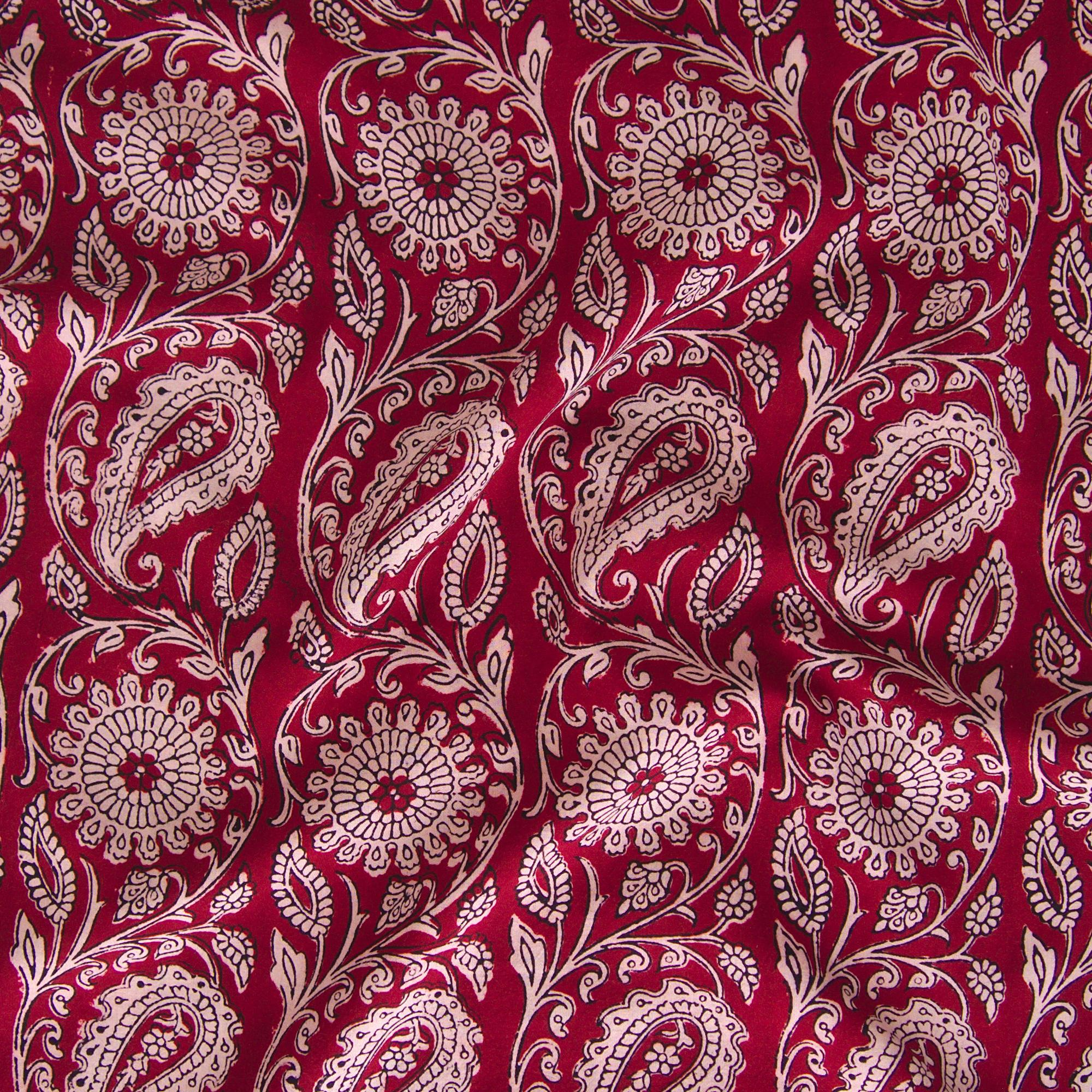 100% Block-Printed Cotton Fabric From India - Sichuan Pepper Design - Iron Rust Black & Alizarin Red Dyes - Contrast - Live