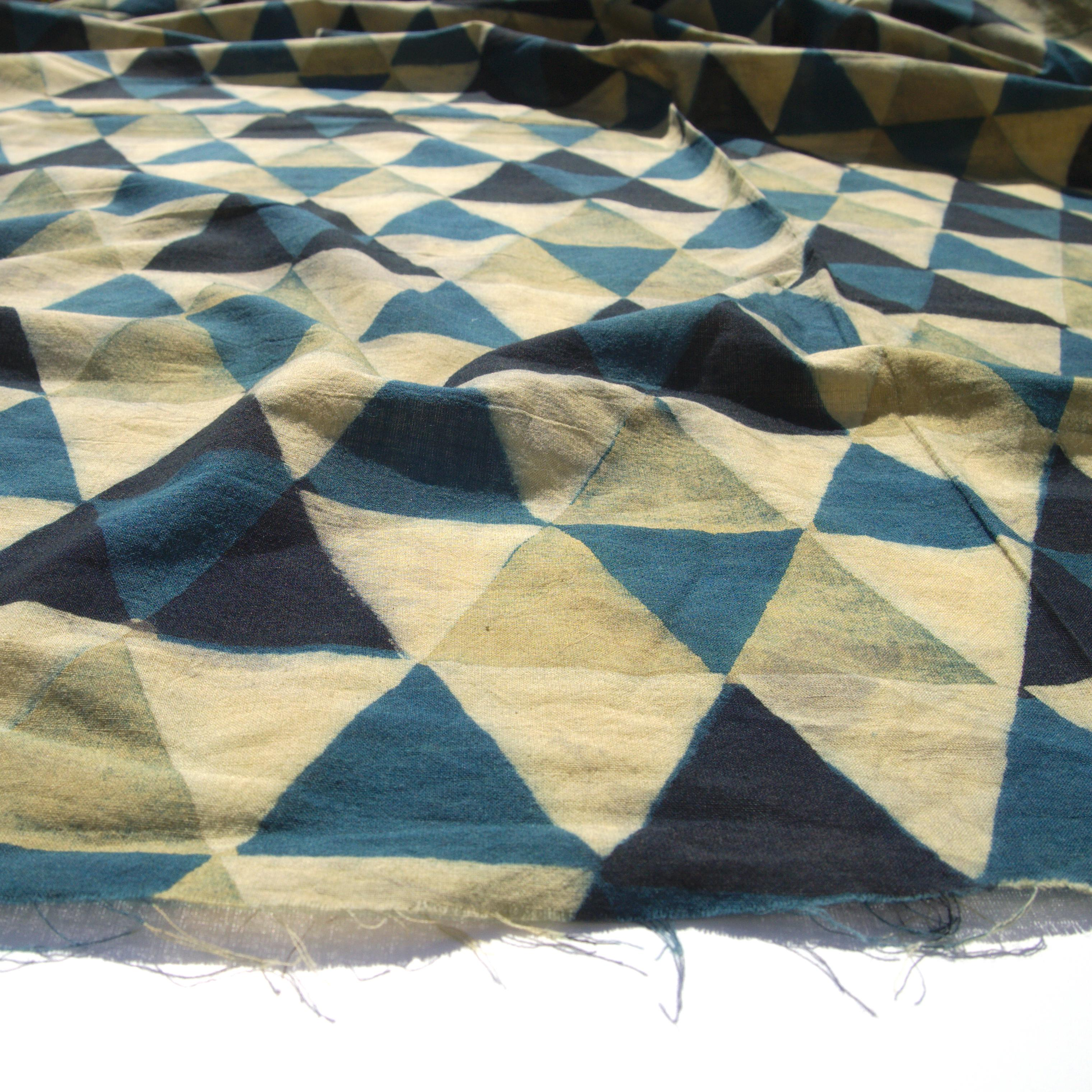 Block Printed Fabric, 100% Cotton, Ajrak Design: Beige Base, Small Indigo Blue Triangle, Big Lemon Yellow, Black Triangle. Angle