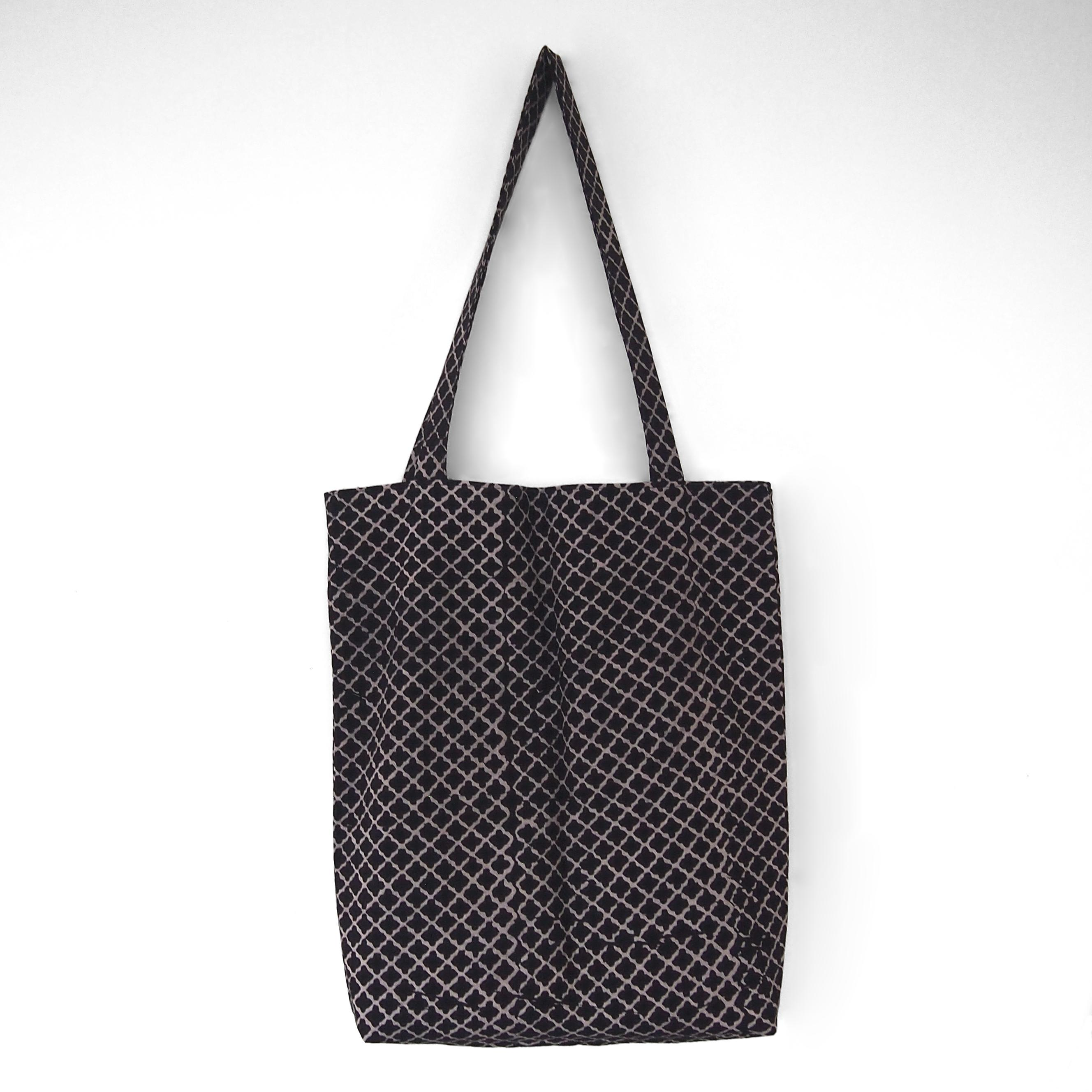 block printed cotton tote bag, natural dye, black, beige clover, lined with black cotton, closed
