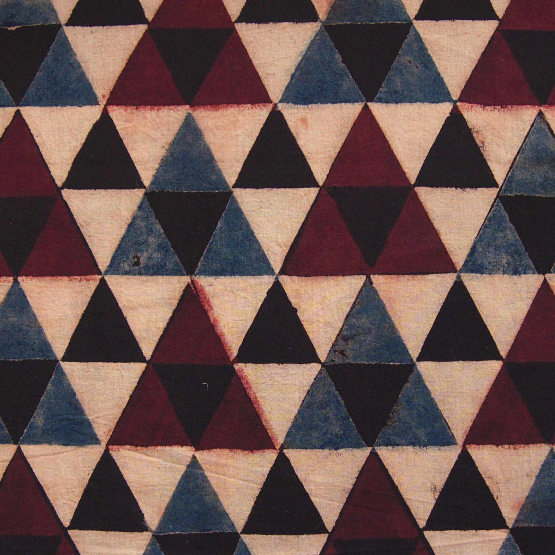 Block Printed Fabric, 100% Cotton, Ajrak Design: Beige Base, Small Black Triangle, Big Red, Blue Triangle. Close Up