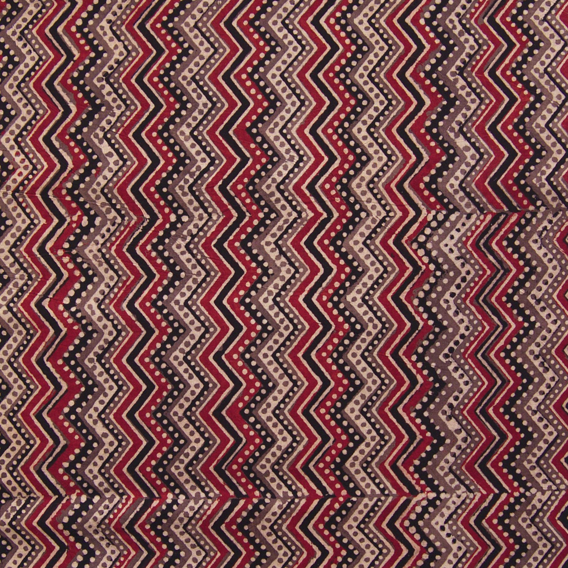 Block Printed Fabric, 100% Cotton, Ajrak Design: Beige Base, Coffee Brown, Iron Black, Madder Red ZigZag. Close Up