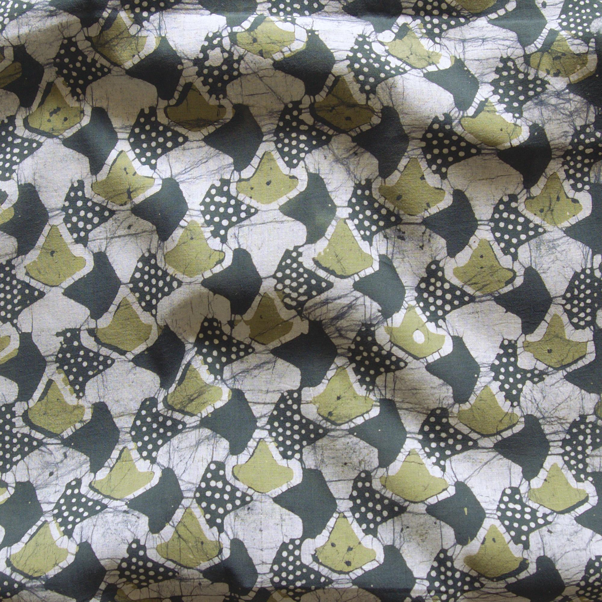 1 - SHA26 - 100% Block-Printed Batik Cotton Fabric From India - Sea Sponge Motif - Contrast