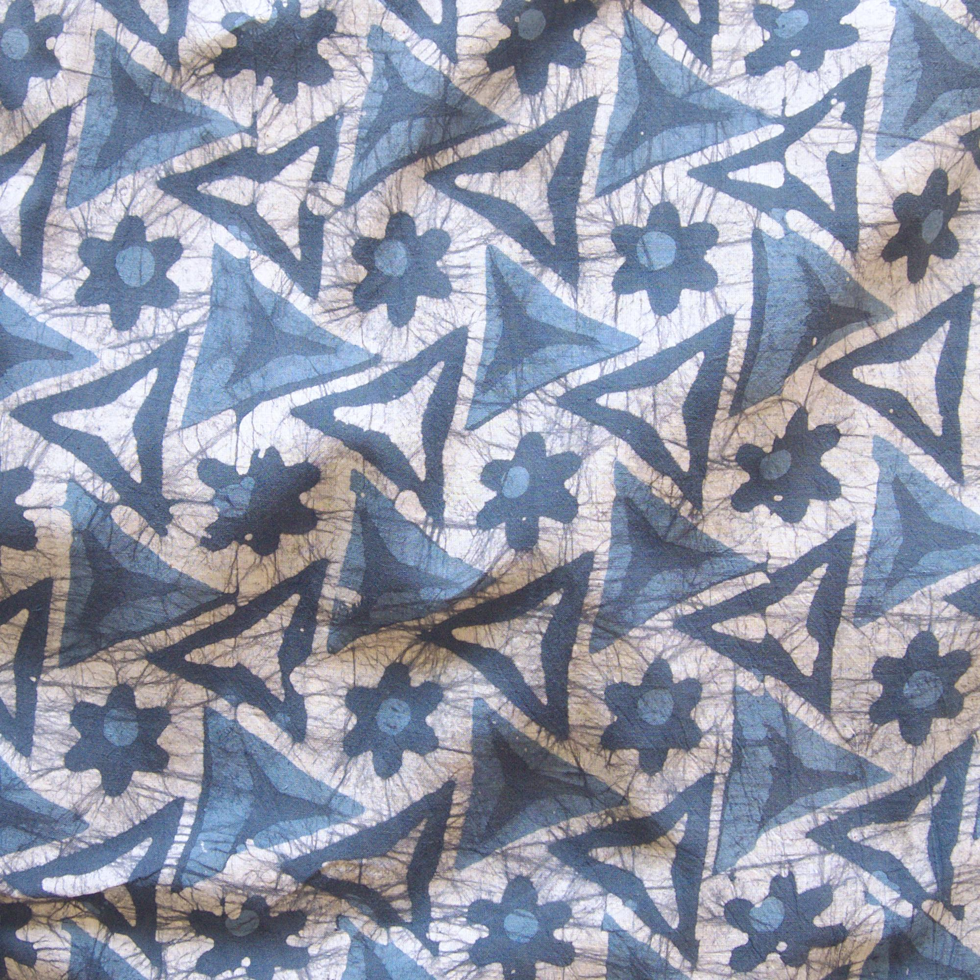 1 - SHA22 - 100% Block-Printed Batik Cotton Fabric From India - Tri Blade Motif - Contrast - Live
