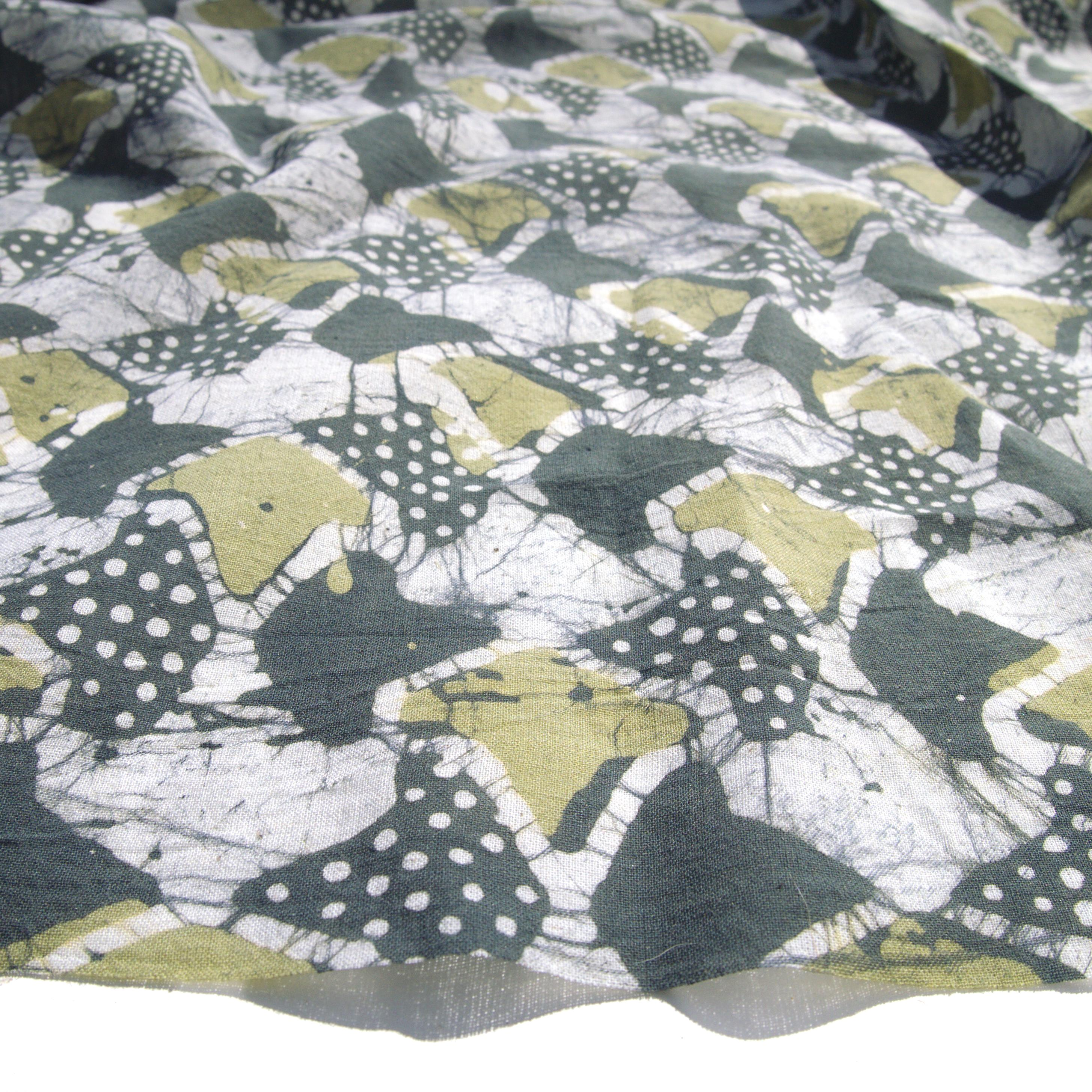 2 - SHA26 - 100% Block-Printed Batik Cotton Fabric From India - Sea Sponge Motif - Angle