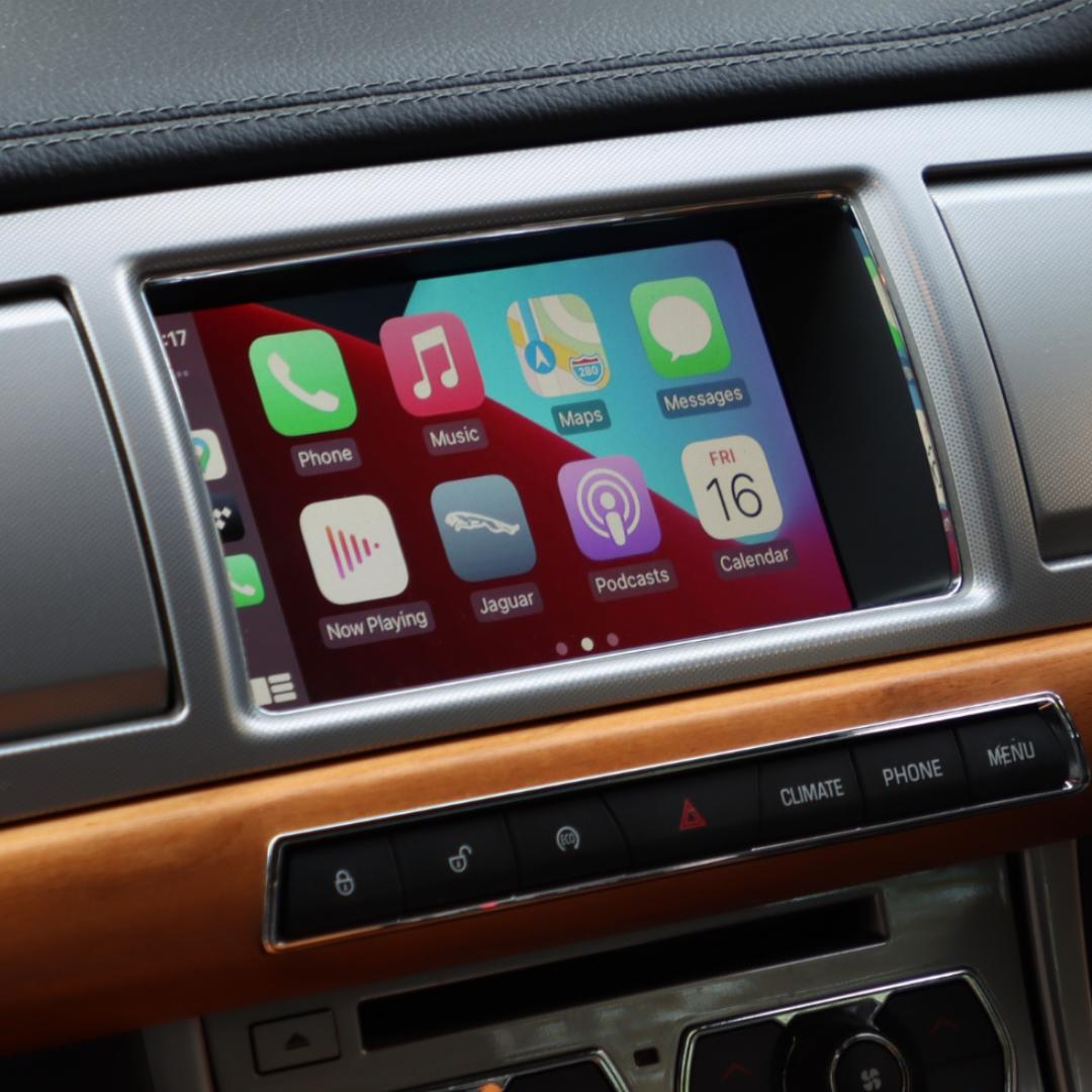 jaguar xf mk2 wireless apple CarPlay