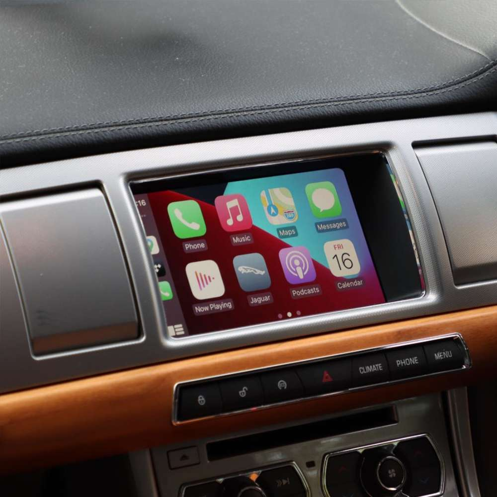 jaguar xf wireless apple CarPlay