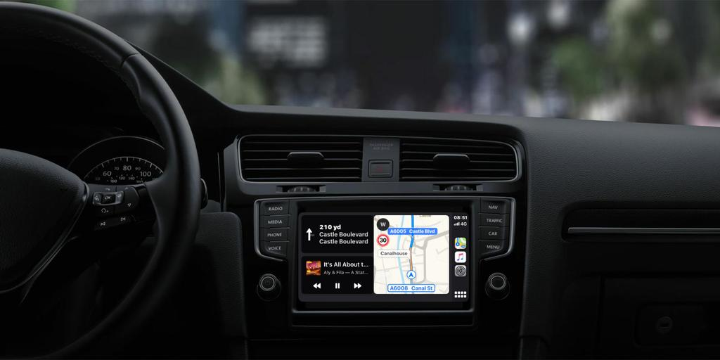 Apple CarPlay design refresh and new features in iOS 13