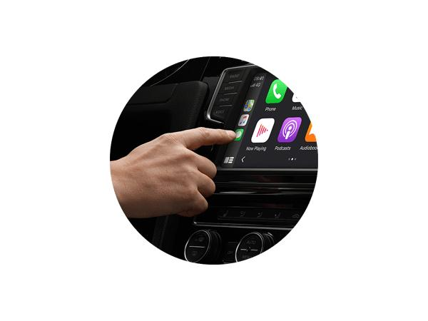 apple carplay touch screen