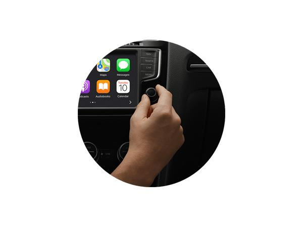 apple CarPlay knobs and controls