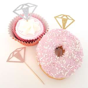 Doughnut diamond ring cupcake decoration