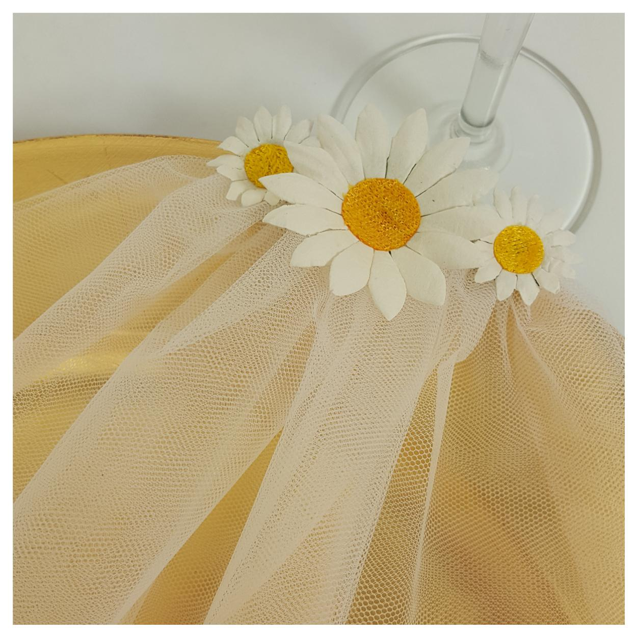 Daisy hen party veil for bridal shower or festival