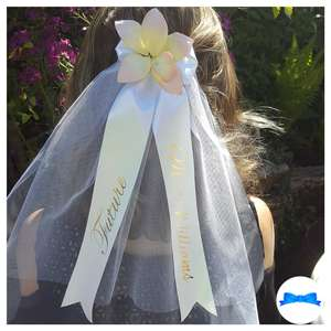 Hen party veil with flower